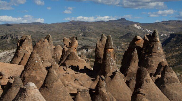 Pampachiri andahuaylas rock formations