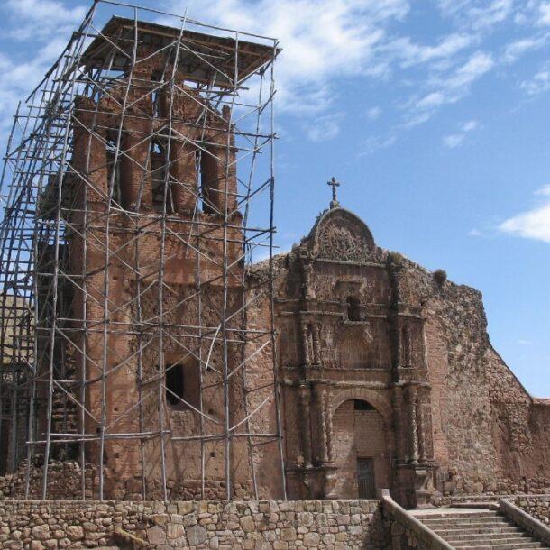 Juli Puno churches