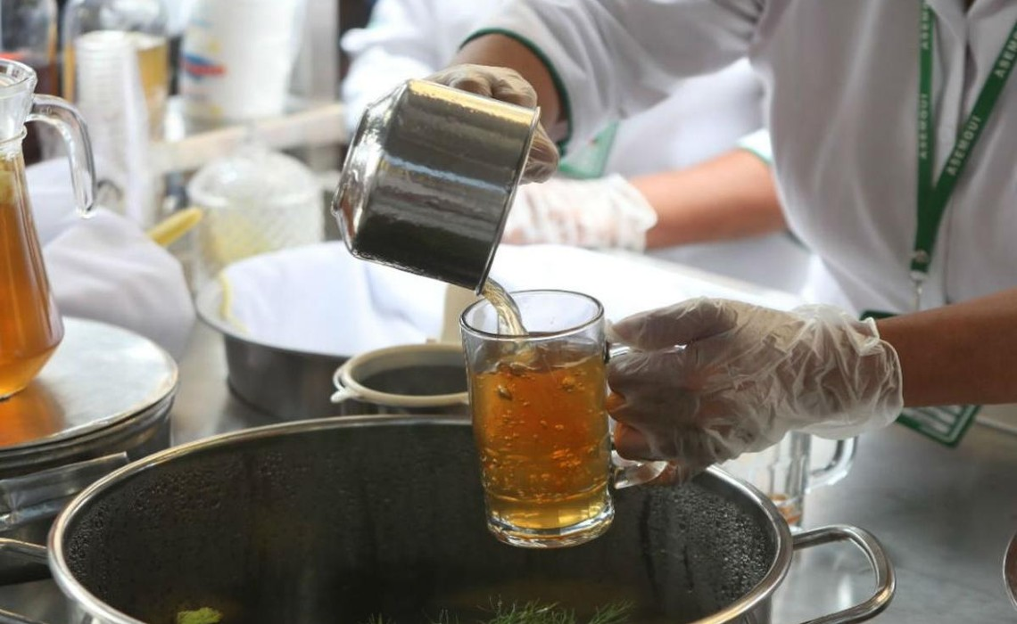 Recipe how to make Peruvian emoliente