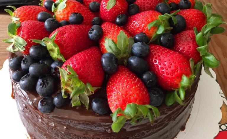 Olivia Tortas dark chocolate cake