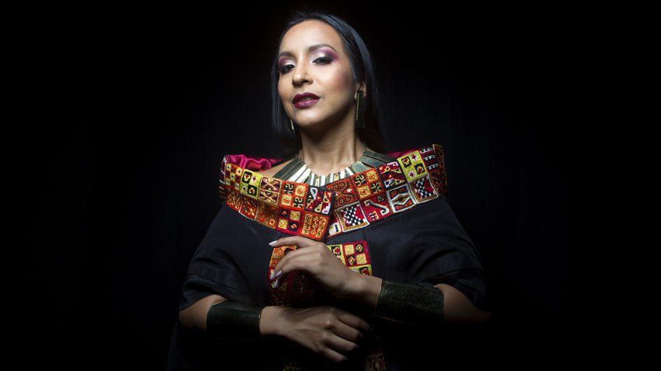 Silvia Flacon Quechua Singer