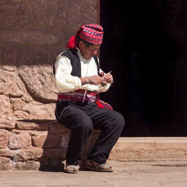 lake titicaca inhabitants indigenous communities