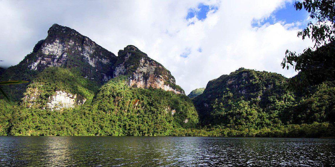 Laguna de los condores high jungle peru