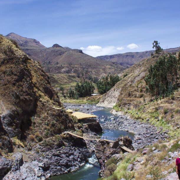 colca canyon traveling to Peru