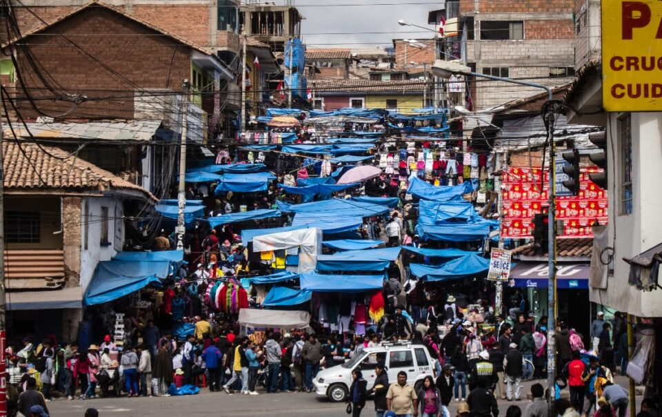 cusco baratillo market
