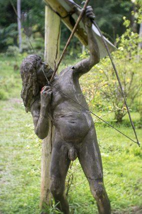 statue iquitos