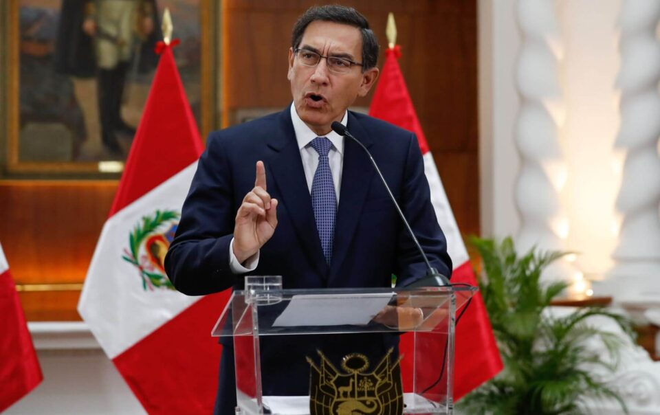 Martin-Vizcarra-calls-for-vote-of-confidence