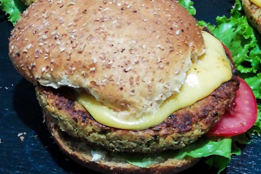 Tarwi veggie burger