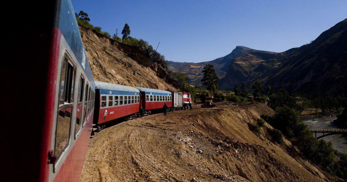 tren macho huancayo huancavelica