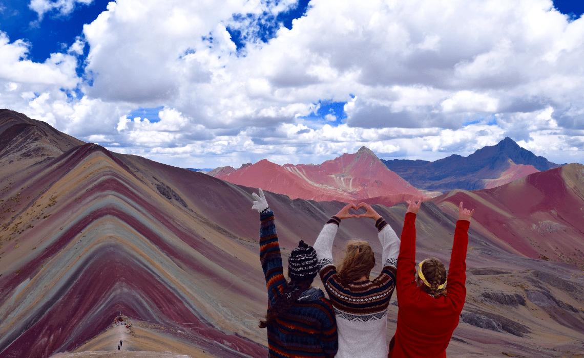 rainbow-mountain-trek