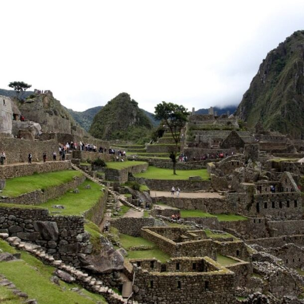 machu picchu damage tourists