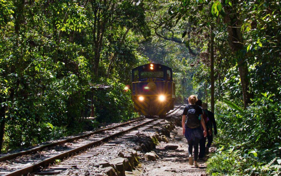 machu picchu budget travel
